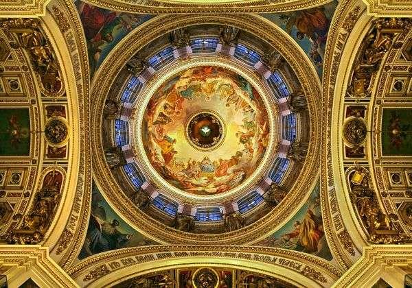 聖イサアク大聖堂   Karl Bryullovの天井の壁画